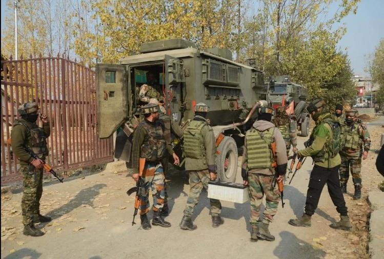 जम्मू-कश्मीर में सुरक्षाबलों ने मुठभेड़ में मार गिराए दो आतंकी